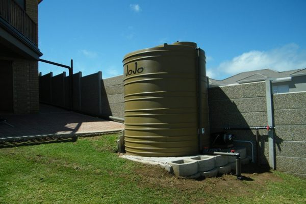 Setting Up Water Tanks at the Best Cost