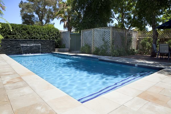 The Best Swimming Pools Builders and Where They Are Found